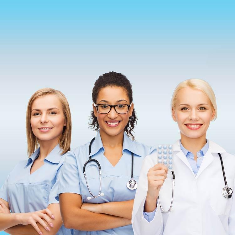 servizio infermieristico assistenza anziani como domicilio